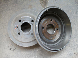 what are brake drums