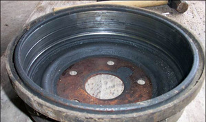 what causes brake drums to get grooves